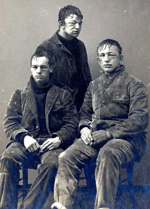 1893年のプリンストン大学生の写真「雪合戦のあと」01