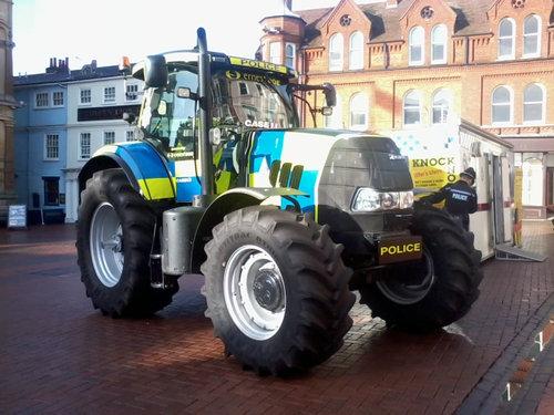 紅茶の警察05