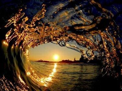 波の隙間00