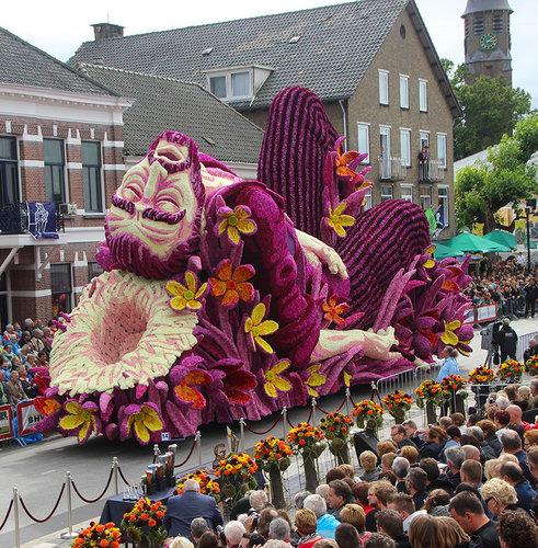オランダのフラワーパレードとゴッホ05