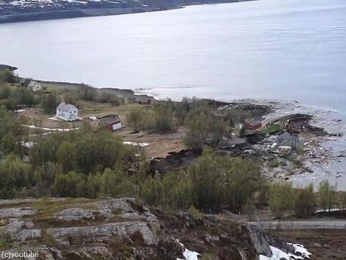 ノルウェーで大規模な地すべり00