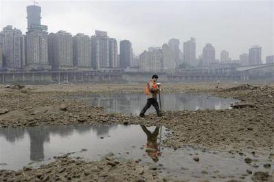 中国を襲う大干ばつ09