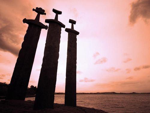 ノルウェーの3本の剣00