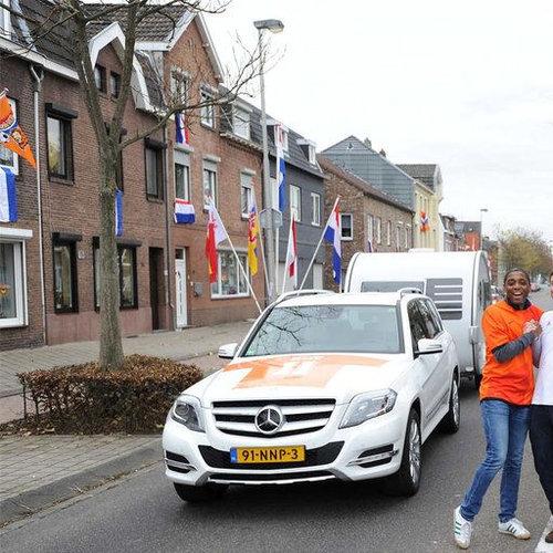 片側がオランダで片側がドイツの通り02