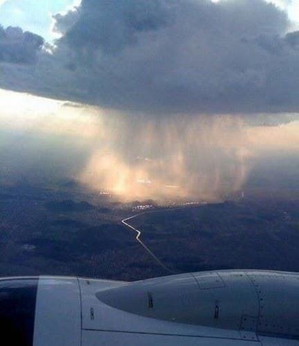 集中豪雨01