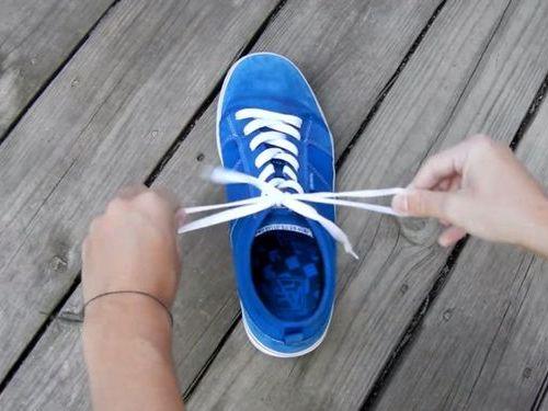 靴ひもの高速結び09