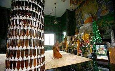 ビール瓶の寺04