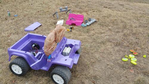 バービーの車を男の子向けの車にリサイクル02