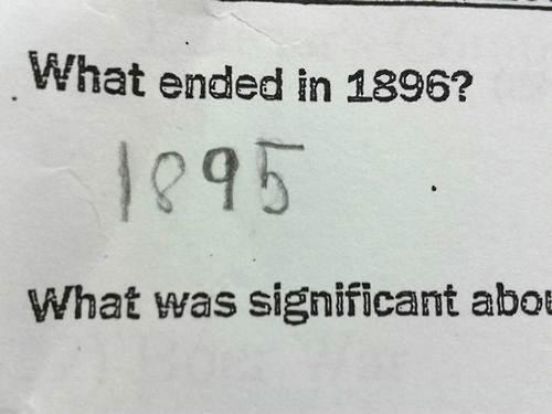 正しい回答を線で結びなさい03