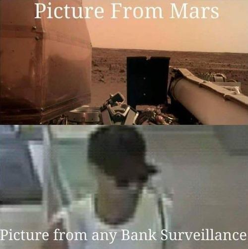 銀行の監視カメラの映像を見るたびに思うこと01