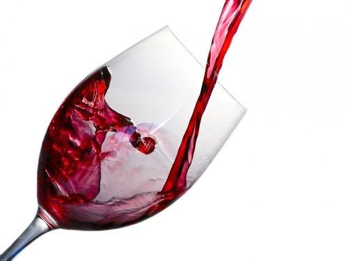 シチリアのワイン醸造所で亀裂が入る事故