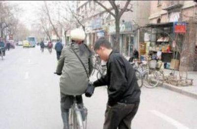 中国のスリ08