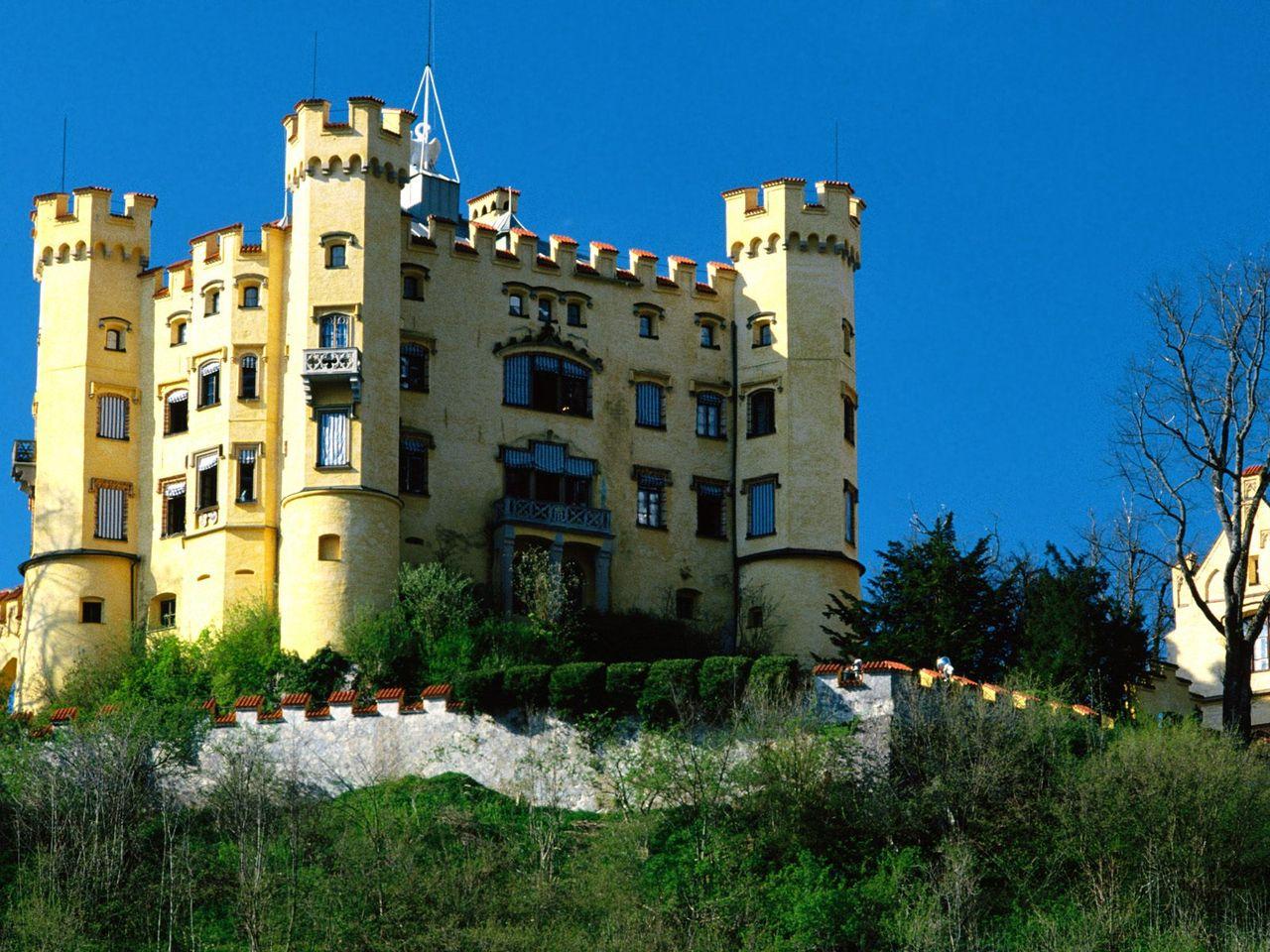 一度は訪れておきたいヨーロッパの美しい11の名城