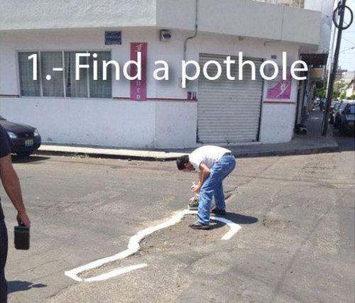 道路の穴01