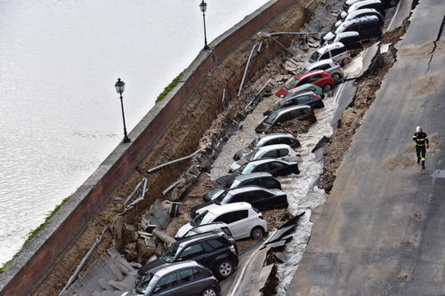 フィレンツェで洪水02