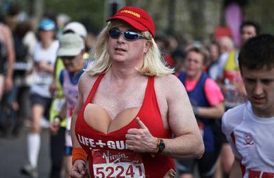 ロンドンマラソン・コスプレ12