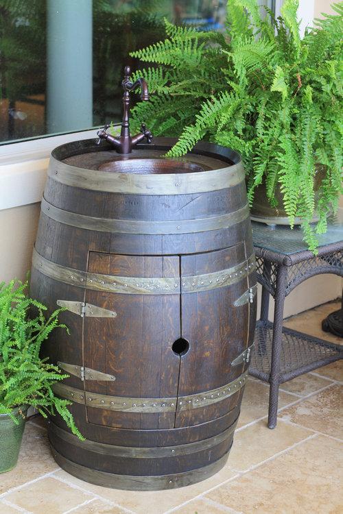 ワイン樽から作った家具07