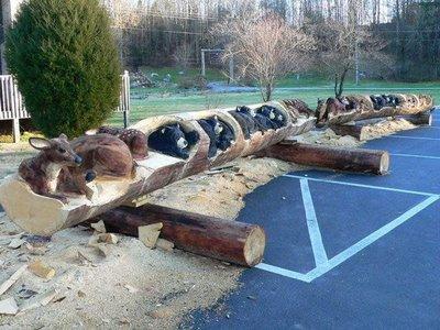チェーンソーで木彫り00