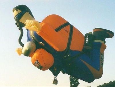 奇抜なデザインをした世界のおもしろ気球09