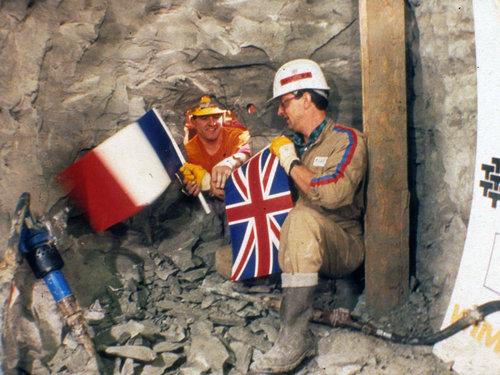 英仏海峡トンネルが1990年に初めて出会ったとき01