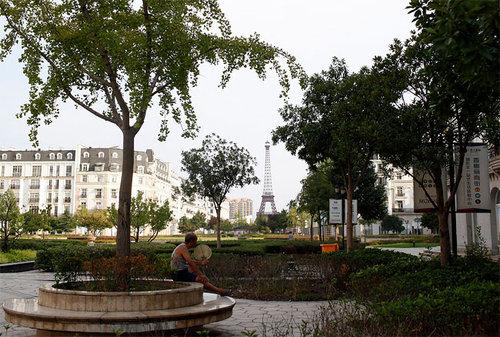 中国版パリがゴーストタウン化10