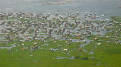 水上集落ガンビエ07