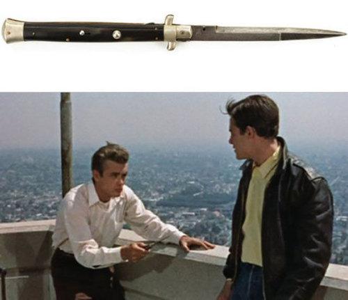 高額で売れた映画の小道具05