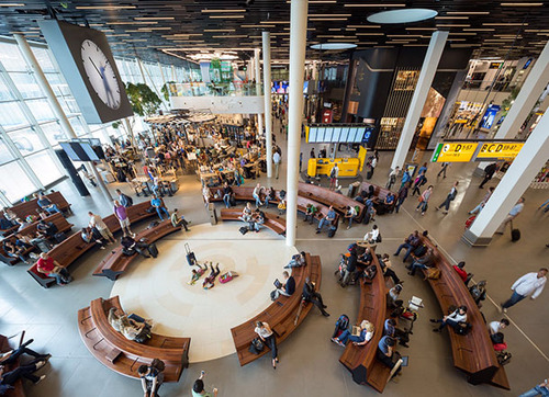 アムステルダム空港の手書き時計08