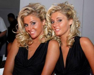美女双子14