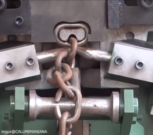 鎖工場の動画…なんだか気持ちいい03