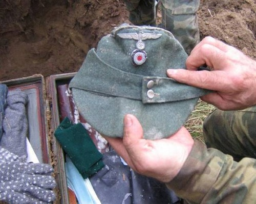 第二次世界大戦のドイツ兵士が隠したもの06