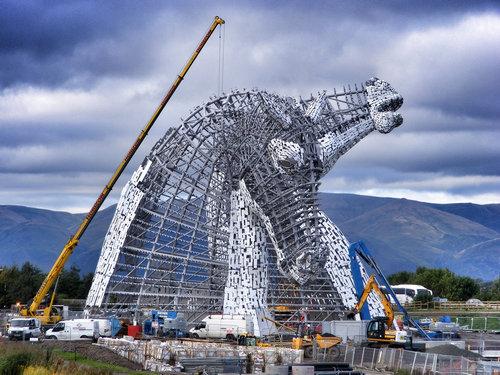 スコットランドにケルピーの巨像06