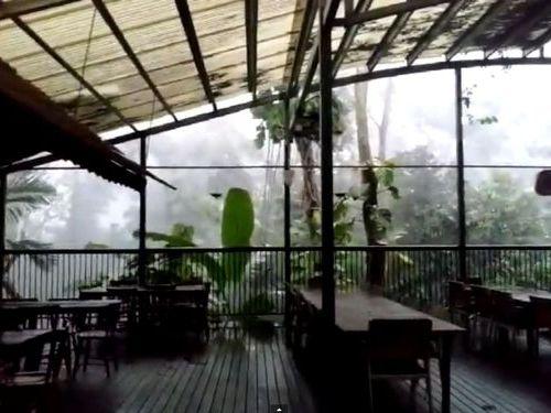 オーストラリアの嵐00