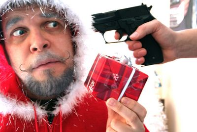 よぉ〜サンタさん、メリークリスマス。さあ、そのプレゼントをよこしなぁ(若本ボイスで読み上げてください)