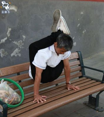 中国のおじさん04