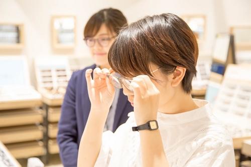 このメガネ、ココチ良過ぎ!脳波でリラックス状態を読み取るネコミミカチューシャで、快適性を確かめてみた
