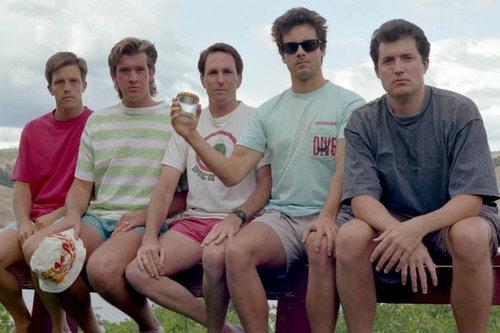 5人組が5年ごとに30年同じ写真03