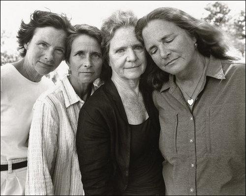 4人姉妹の毎年の写真36