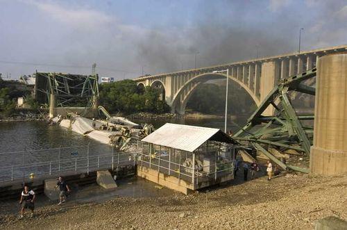 ミネソタの橋の事故04