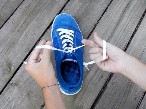 靴ひもの高速結び05