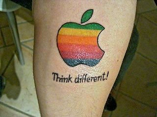 appleロゴのタトゥー09