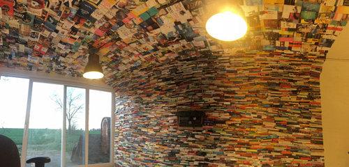 4000冊の古本でリビングをデザイン10