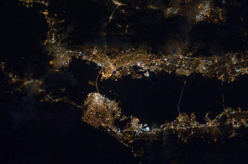 ISSから見た夜景11