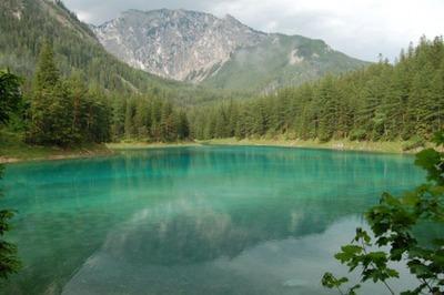 グリーン湖02