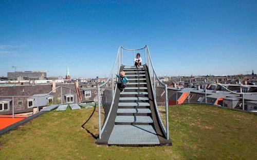 デンマークの屋根の上の遊び場05