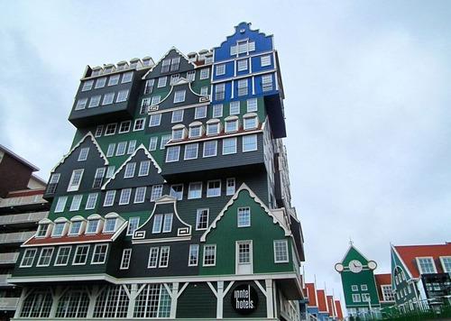 オランダのユニークな建物01