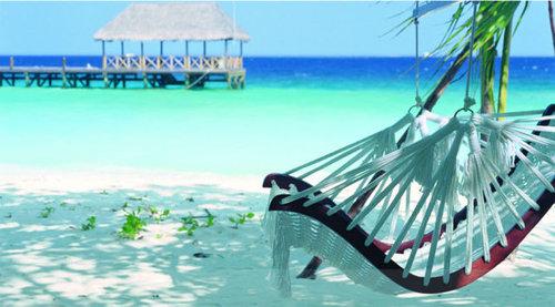 モルディブの小舟のようなホテル15