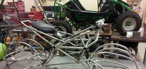 グループプロジェクトのバイク03