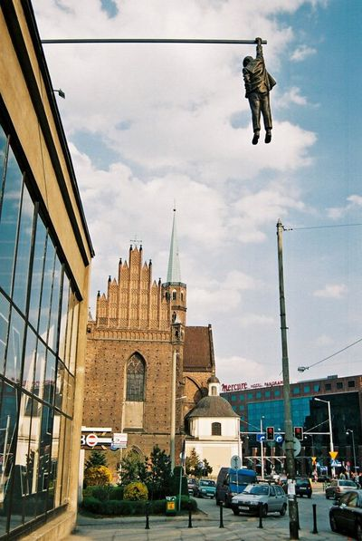 04.Hanging man(ぶら下がる男)