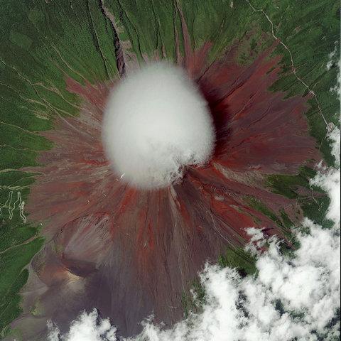 宇宙から見た「富士山」03